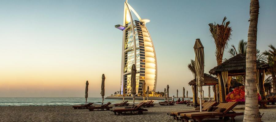 Burl Al Arab Hotel na praia em Dubai