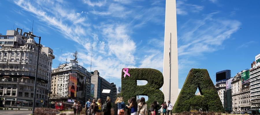 As ruas movimentadas de Buenos Aires