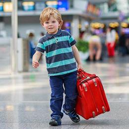 Crianças viajando desacompanhadas