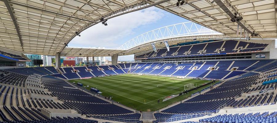 Vista interna do Estádio do Dragão, casa do FC Porto